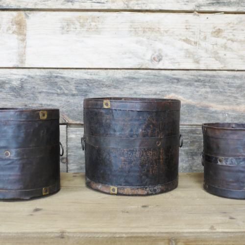 Set of 3 Iron Pots