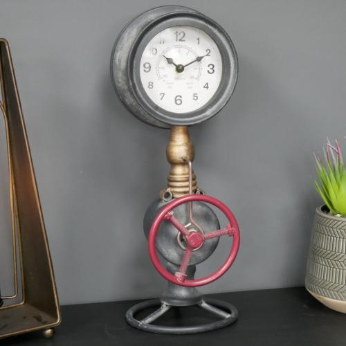 Pipe Clock